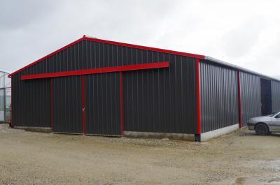 bac acier hangar